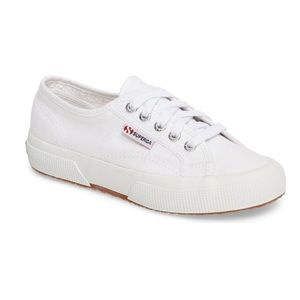 Superga Cotu White Classic Sneakers. BRAND NEW